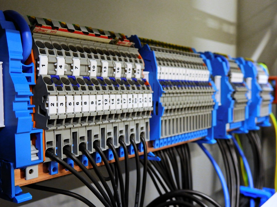 Everything You Need To Know For Setting Up Commercial Electrical Systems