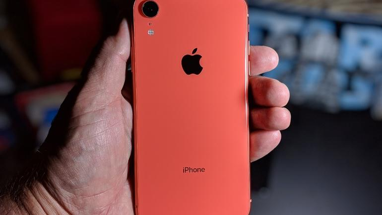 Is it Worth Buying the iPhone XR in 2021?