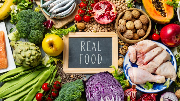 What is Real Food in the Hypnotherapy Diet that Dewi Hughes Underwent?